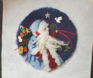 Painting with wool Kris Kringle